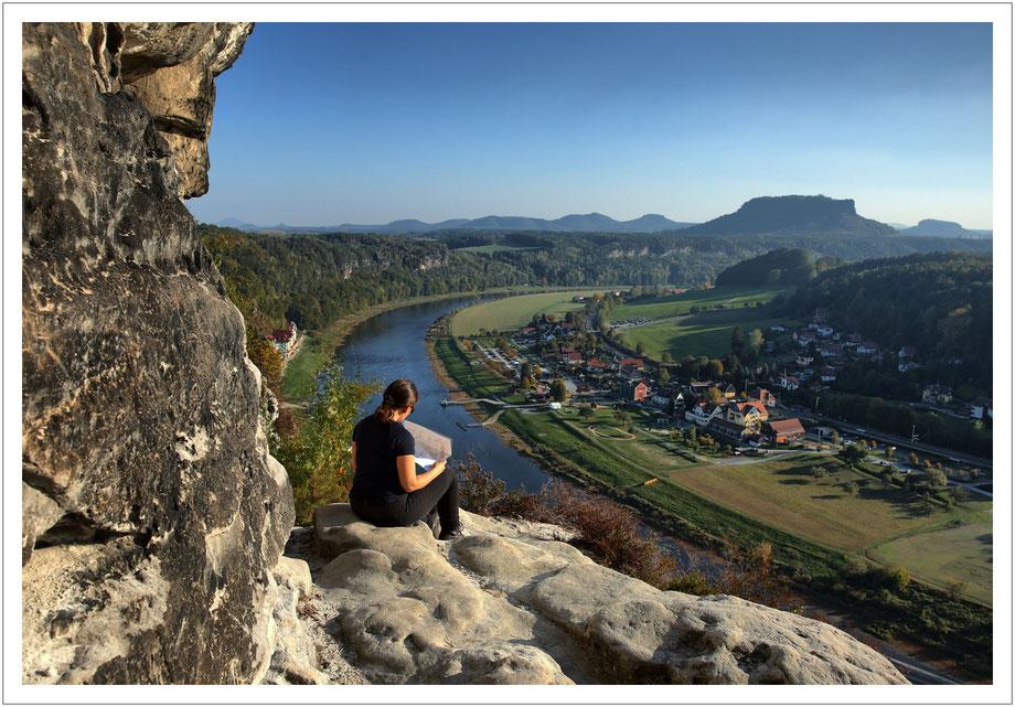 in der Nachmittagssonne hoch über der Elbe