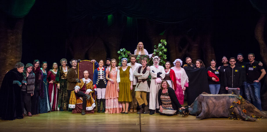 "Cast and crew of ""Into The Woods"", WS 15/16"