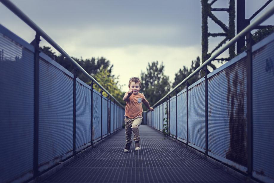 Running Man, Kinder Fotografie