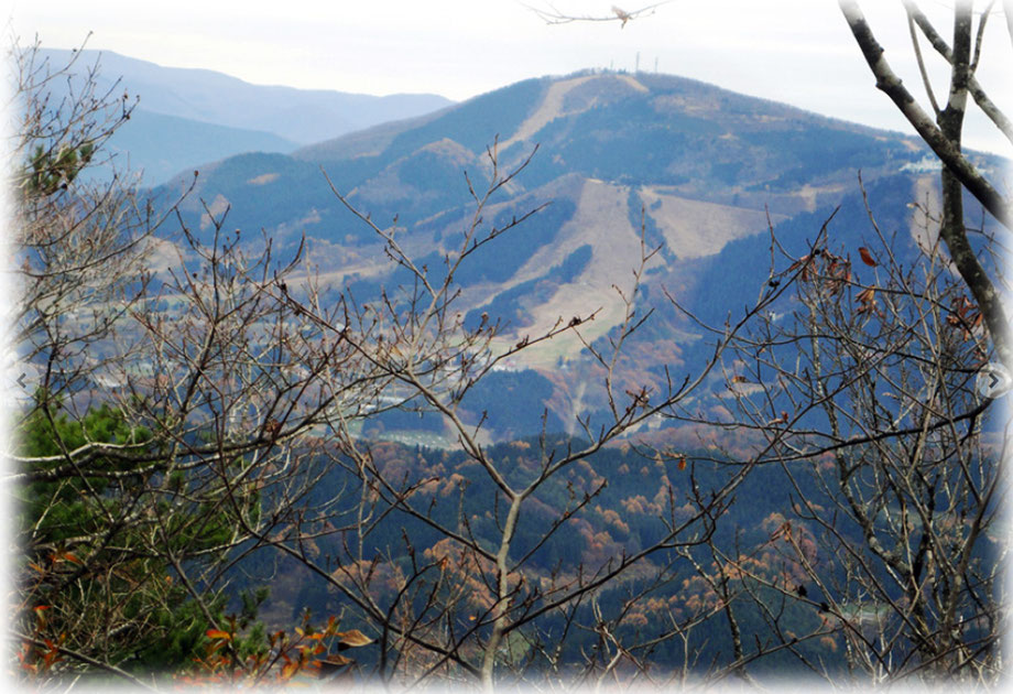 「尾開山」山頂から 2014.11.24
