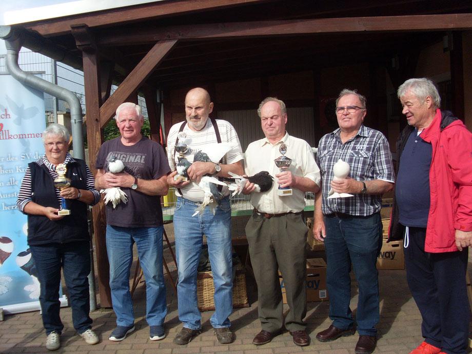 Hier die Gewinner des Tages v.l Marlies und Bernd Doberenz ,Roland Manz ,Horst Dahlmann ,unser aller Freund Hans Richter und Dieter Mersmann