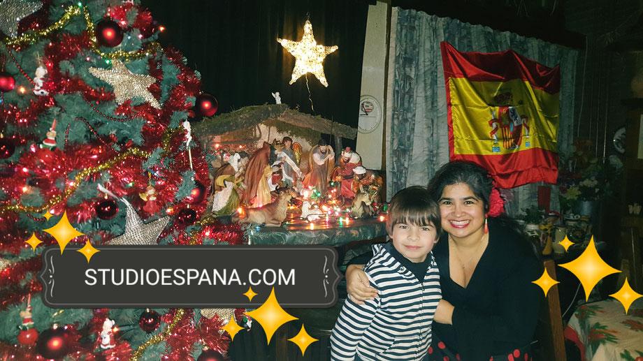 Studio España Flamenco , Patricia Pardo wenst iedereen een Gelukkig Kerstfeest! ¡Feliz Navidad! Vanuit Sittard Geleen Limburg. Spaanse les Flamencoles
