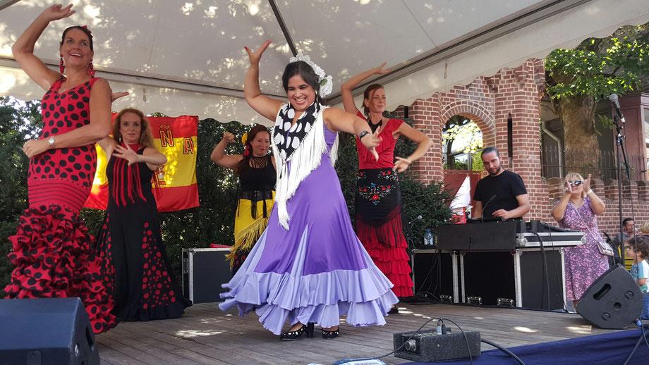 Studio España - Casa Pardo - Patricia Pardo - De Domijnen - Oud-Geleen - Geleen - Sittard - Limburg - Flamenco les - Flamenco Shows -Flamenco Workshops - Spaanse les - Spaanse Conversatieles - Spaans dansen - Spaanse dans - Spaans spreken - hablar español