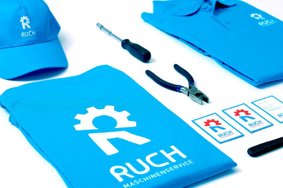 Entwicklung Logo by Lockedesign, Burgdorf: Geschäftsauftritt von Ruch Maschinenservice mit Visitenkarte, Kuvert und Arbeits-Bekleidung