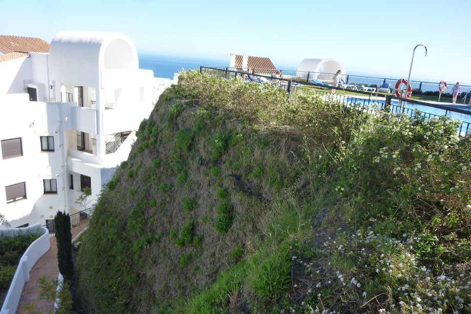 Kunststoff-Bewehrte-Erde mit Bewässerung in Andalusien, Spanien