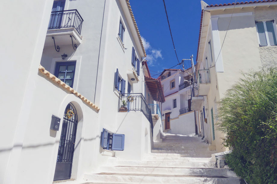 bigousteppes grèce péloponnèse balkans koroni maison escaliers