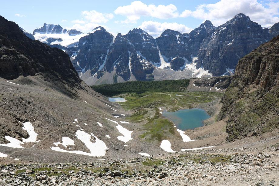 Vue sur Valley of ten Peaks depuis Sentinell Pass dans le Banff National Park (Alberta - Canada)