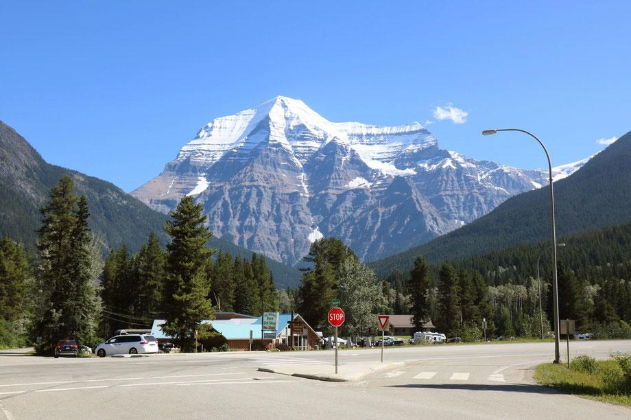 Mont Robson dans le Mount Robson Provincial Park (Colombie-Britannique - Canada)
