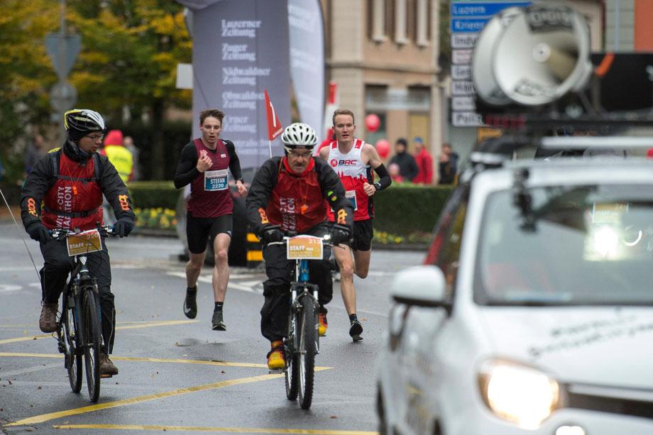2/3 des Rennens lief ich zusammen mit Stefan Hendtke, zum Schluss hin konnte ich mich dann nicht entscheidend absetzen, trotz schnellerer zweiter Hälfte. Trotzdem der geilste Wettkampf in diesem Jahr. (Bild: Veranstalter)