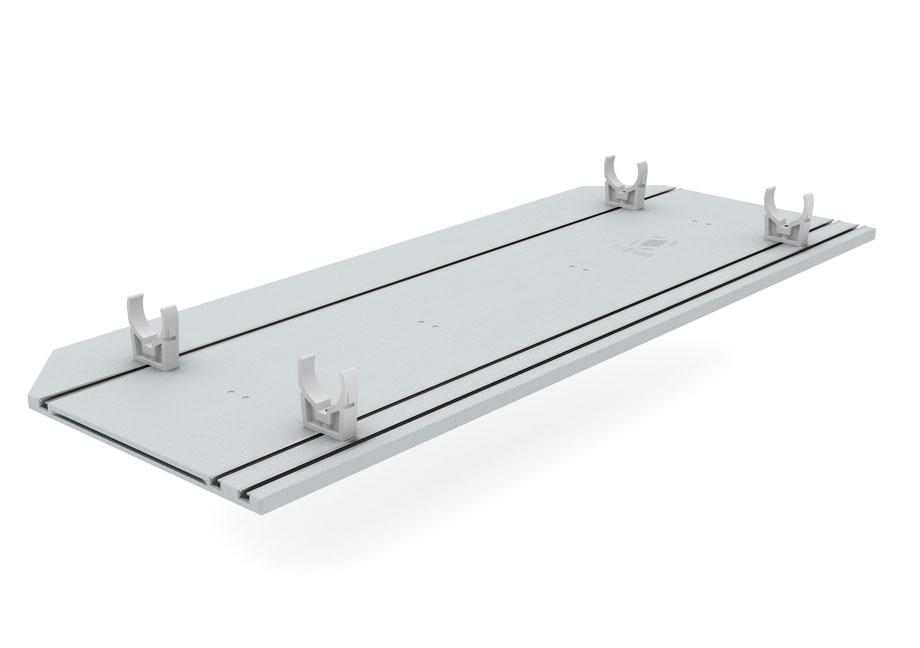 OnTruss EventBoard Premium S100 | Unterseite mit Schienen und montierten TrussClips