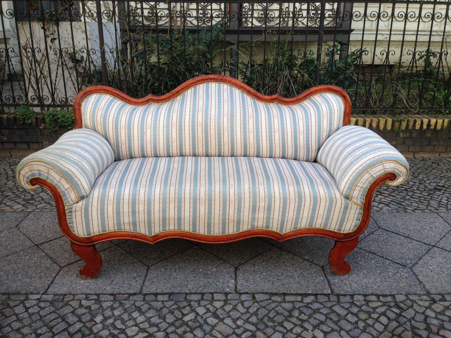 polstern und neu beziehen in berlin aufm beln. Black Bedroom Furniture Sets. Home Design Ideas