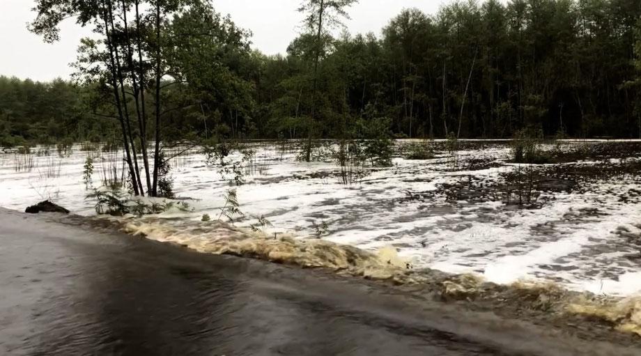 Les abords de la route de Mesplet durant la crue de Mai dernier.