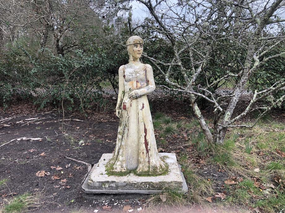 En 1999, Stivell avait réalisé cette sculpture d'Aliénor d'Aquitaine.