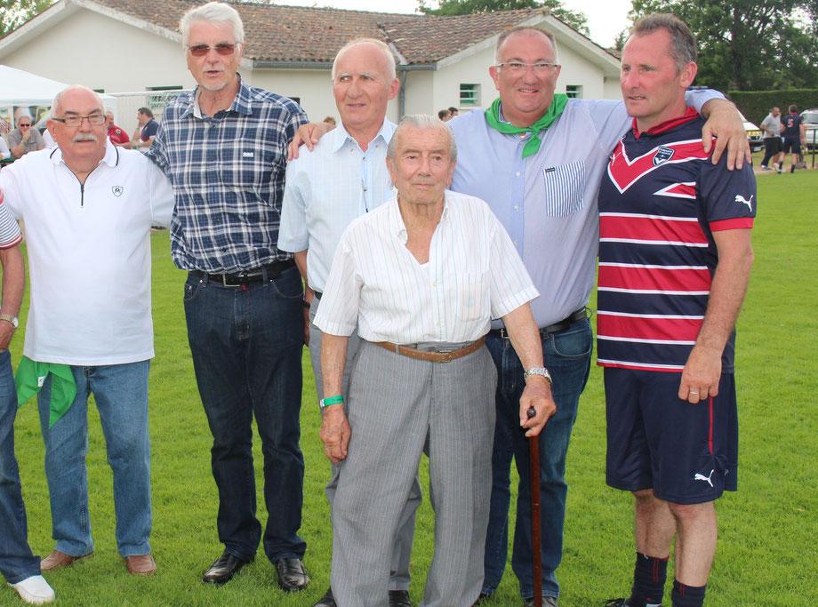 Jean Mano, au premier plan lors des 70 ans du FCBB.