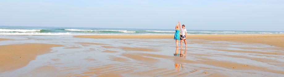 Jennifer Hein und Arnaud Müller tanzen am Strand, ein Tanzpaar des ADTV TanzCenter Offenburg