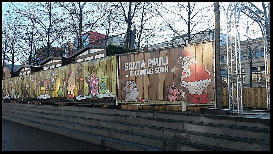 Santa Pauli - Weihnachtsmarkt auf dem Spielbudenplatz Sankt Pauli