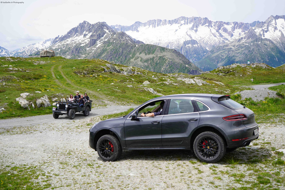 Diesen Bergsommer verführt THE CHEDI Andermatt nicht nur mit seinem ungewohnten Miteinander von alpinem Chic und asiatischem Ausdruck, sondern vereint zudem authentische Natur-Erlebnisse mit dezentem Luxus. Im Herzen der Schweiz gibt es viel zu entdecken