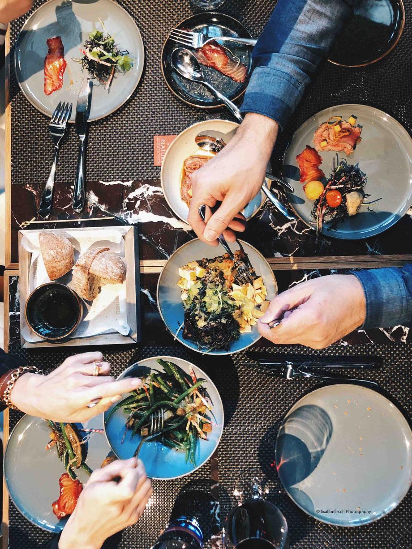 """NOUMI Bern - Grill & Bar - """"World Food"""" Kombinieren.Teilen.Geniessen (mein online-Artikel >> klicke ins Bild oben)"""