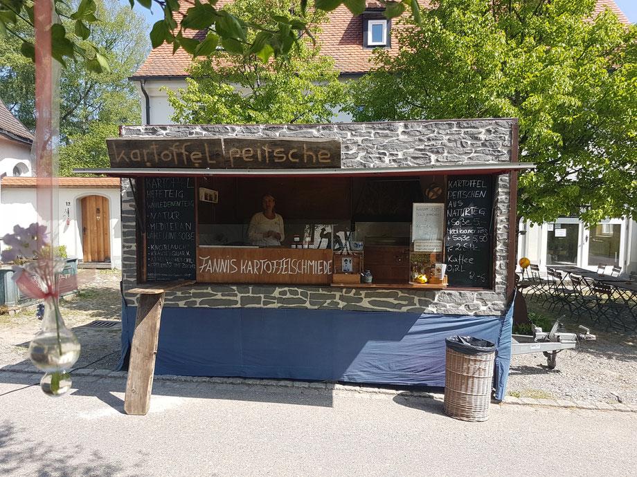 Bild Nr 30---Mai  2018 Schmiedsfelden Glasmacherdorf Fannis in neuem Gewand