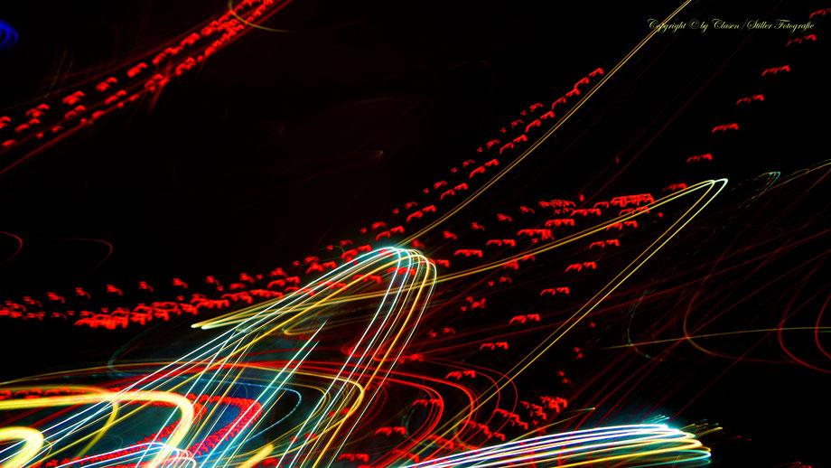Clasen/Stiller Fotografie, Udo Clasen, Patrick Stiller, Nachtaufnahme, Abstrakte Fotos, Langzeitbelichtung, Sonnenaufgang, Abstrakte Fotografie, abstrakte lichter, HDR, Düsseldorf, Duisburg, abstraktes, Kunst, Fotokunst, farbenspiel, Abstraktes,