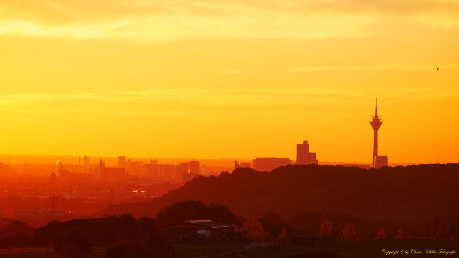 Düsseldorfer Fernsehturm, Sonnenuntergang, Landschaften,