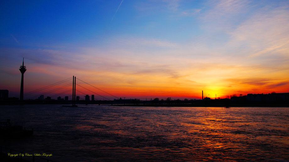 HDR, Landschaft, Städte, Skyline, Gemäldeoptik, NRW, Deutschland, Rhein, Düsseldorf,