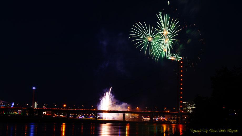 Feuerwerk Düsseldorfer Rheinkirmes