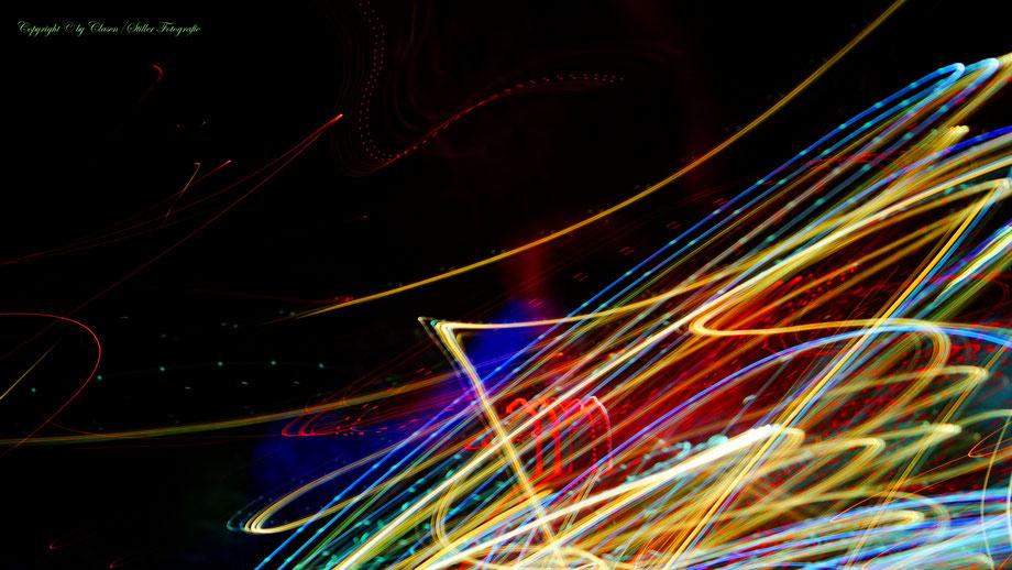 Clasen/Stiller Fotografie, Udo Clasen, Patrick Stiller, Nachtaufnahme, Abstrakte Fotos, Langzeitbelichtung, Sonnenaufgang, Abstrakte Fotografie, abstrakte lichter, HDR, Düsseldorf, Duisburg, abstraktes, Kunst, Fotokunst, Tromsö,