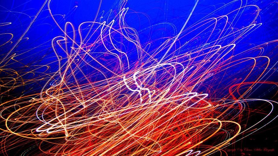 Clasen/Stiller Fotografie, Udo Clasen, Patrick Stiller, Nachtaufnahme, Abstrakte Fotos, Langzeitbelichtung, Sonnenaufgang, TOP 100, blau, orange, gold, gelb, Pflanzen, Baum, Bäume, HDR, Düsseldorf, Duisburg, Natur, Tiere, Wolken, Wassertropfen, Vögel,