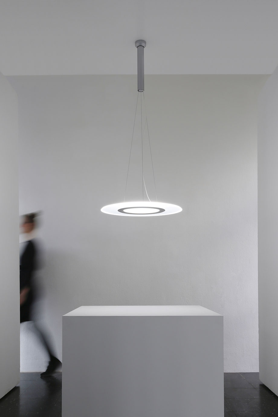 OON LIGHT pendant luminaire by Martin Tony Häußler #pendant lamp #Pendelleuchte #Human Centric Lighting #HCL