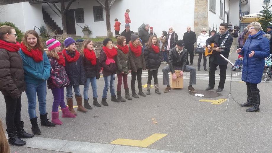 Sonntagsverkauf in Sissach, 21.12.2014