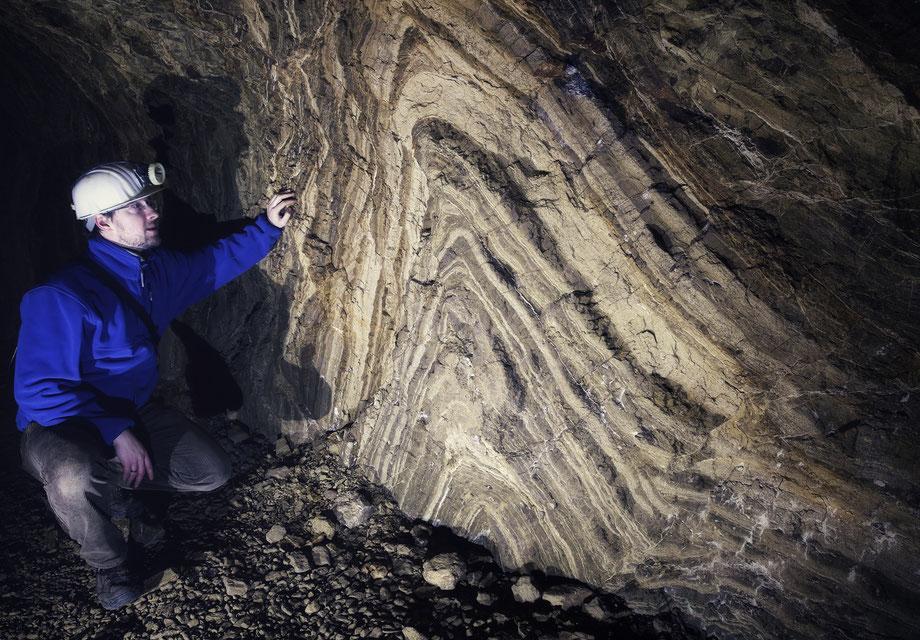 bömischer Karst Altbergbau Amerika Morina Kalkbergwerk Stollen Antiklinale