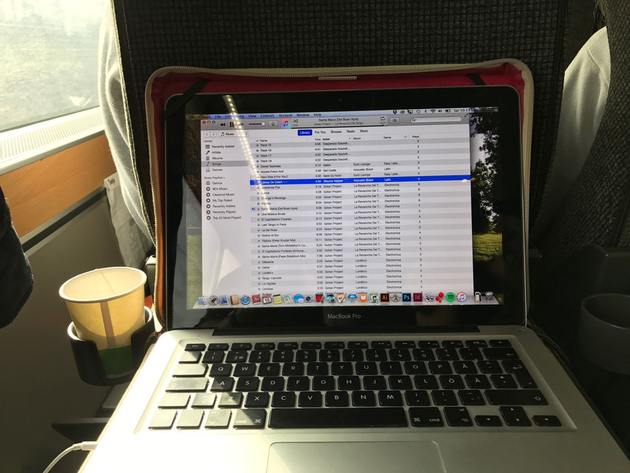 Train to Göteborg - always a good time for some beats