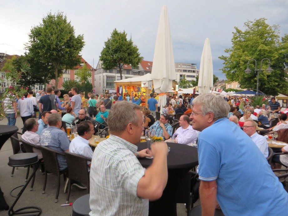 Kulturufer in Friedrichshafen: Mitglieder und Freunde von Netzwerk K trafen sich auf dem beliebten Kulturfest in Friedrichshafen.
