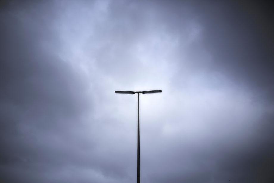 Foto: Eine Straßenlaterne.