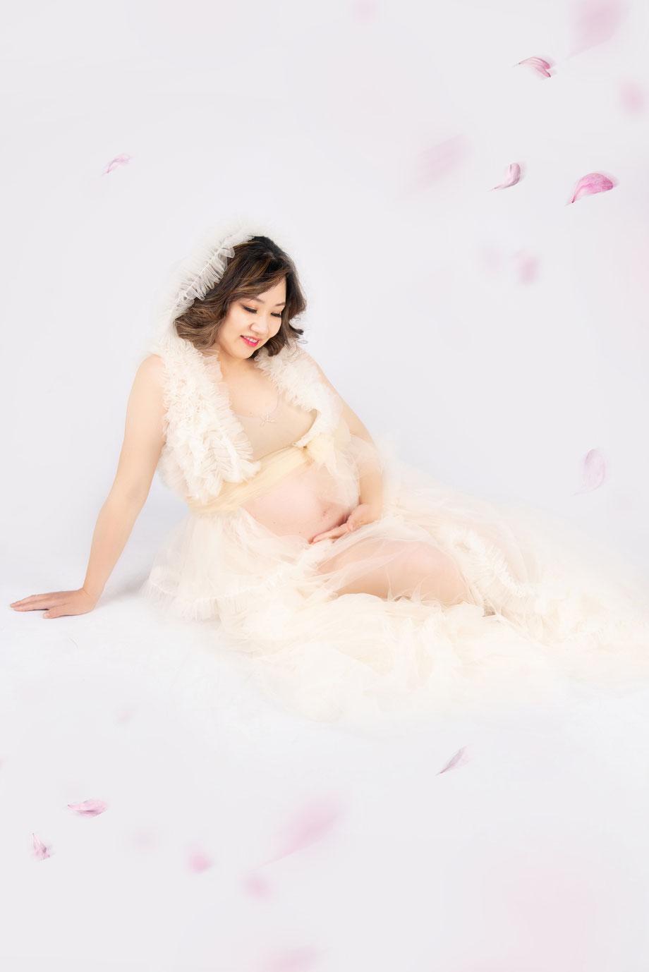 maternity photoshoot blue elegant dress