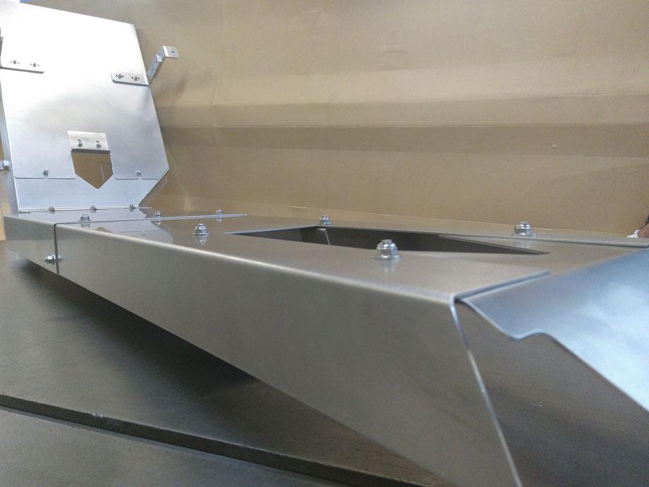Rutsche - Blechkonstruktion für Anlagenbau, Blechverarbeitung aus Rostfreiem Stahl