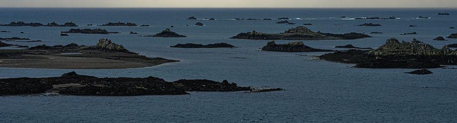 Mathieu Guillochon, photographe, rivages, couleurs, mer, côtes d'armor, bretagne, baie de Paimpol, pointe de la trinité, aube, récifs, ilots, Manche, côte du Goëlo