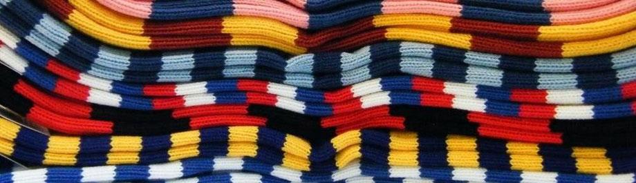 Ringelstrümpfe in Clubfarben von Joint Colours
