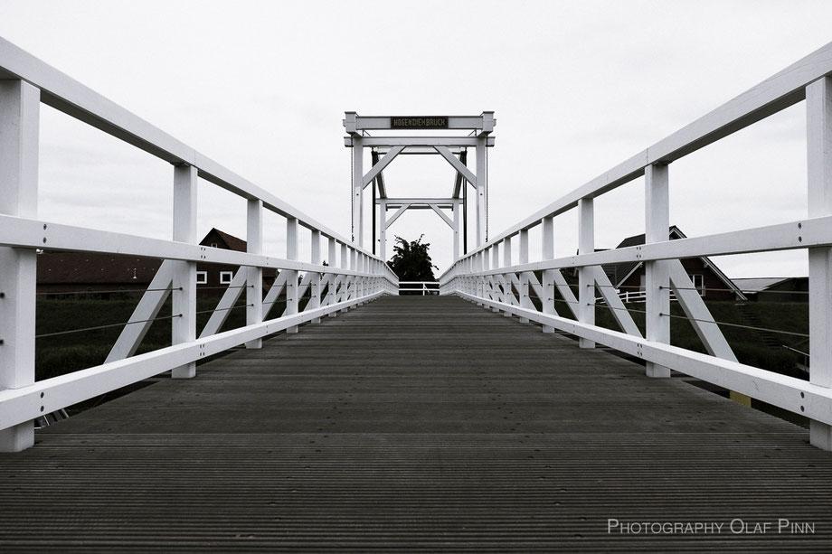 PHOTOGRAPHY © OLAF PINN