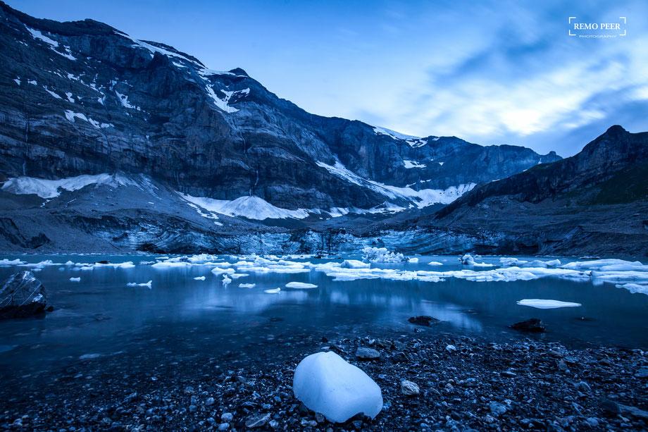 """Gletschersee """"Im Griess"""" am Fusse des Clariden"""
