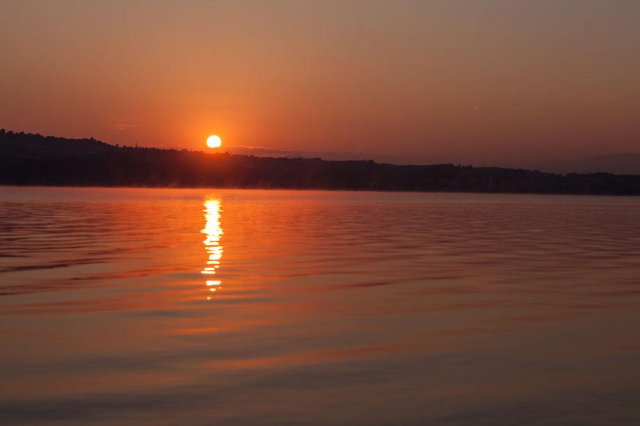 Sonnenaufgang fotografiert in Nottwil am Sempachersee Luzern