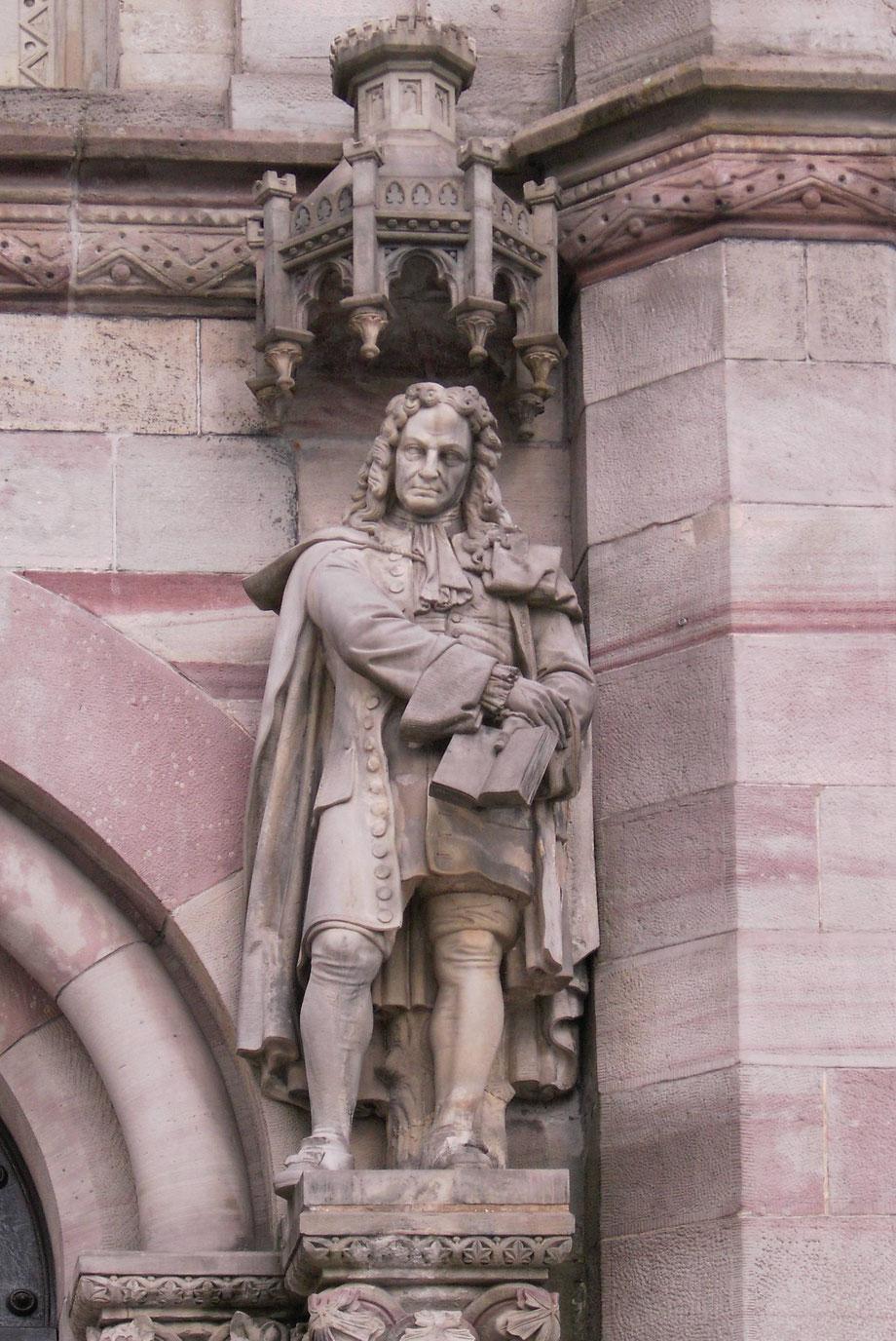 Statua di Gottfried Wilhelm Leibniz a Göttingen (Auditorium)