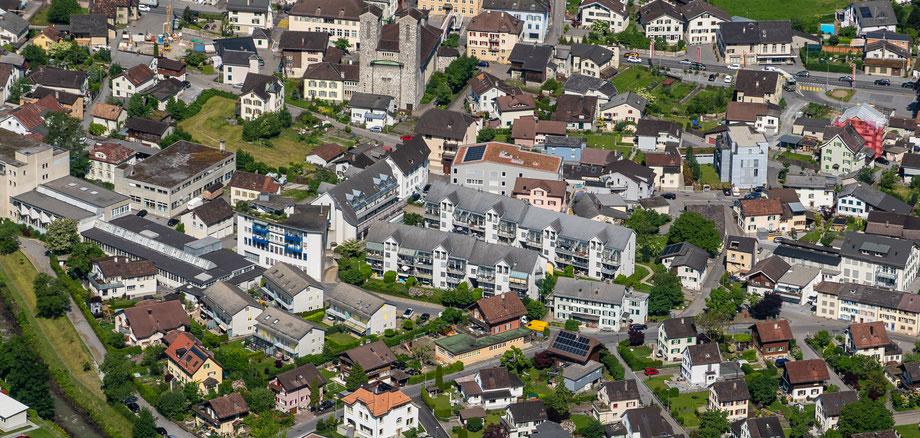 Quartier Ennetbach von den Ennetbergen aus. Aufnahme vom 4. Juni 2019. Koordinaten 722927  213582