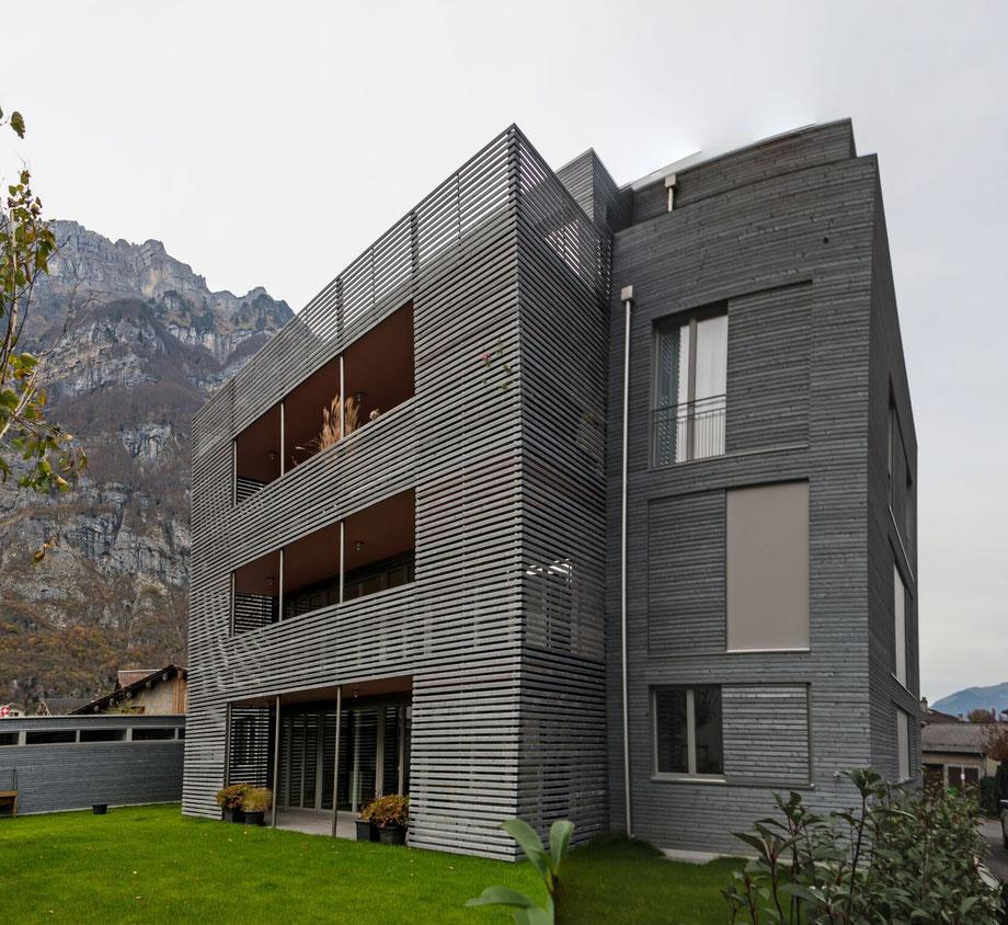 Koordinaten 722856 213703. Dieses Wohnhaus entstand 2017 an der Stelle der ehemaligen Metzgerei Kamm.