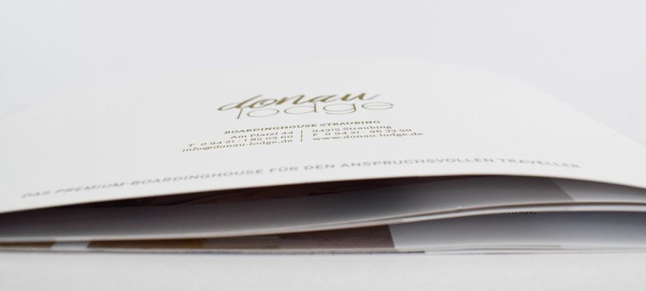Produktkatalog Broschüre Hotelkatalog Grafikdesign Straubing Werbeagentur