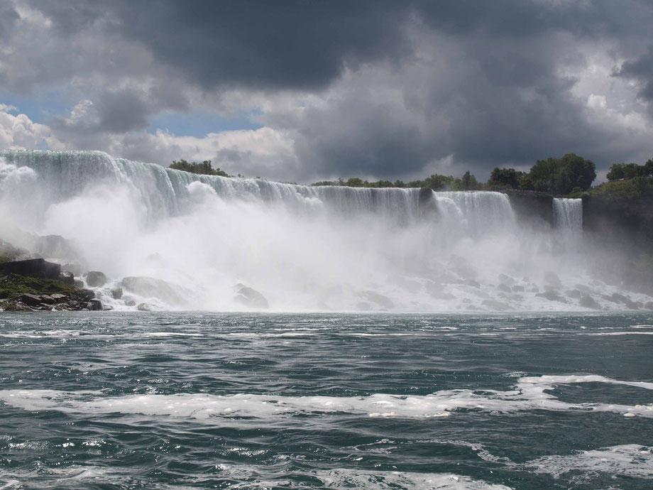 Nigara Falls II