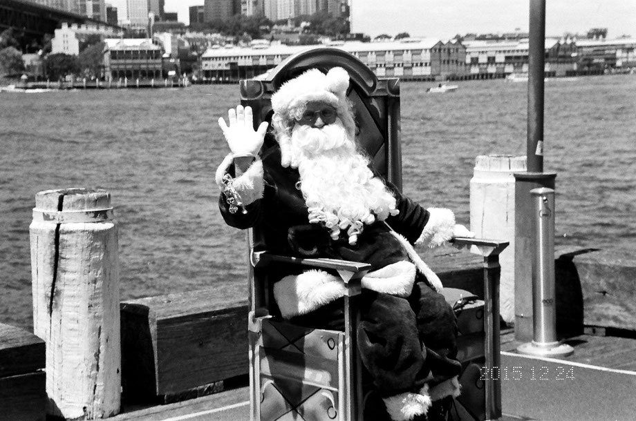 Santa Claus in Sydney  (with Leica C1 and Ilford 400 XP2 Super)