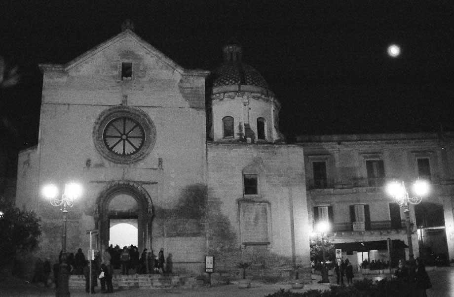 Grottaglie (Taranto), Chiesa Matrice (with Ricoh Mirai and Ilford 3200)