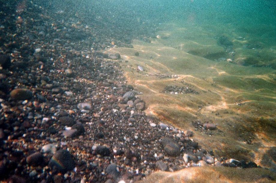Santorini, Perissa Beach Water (with Minolta 35 Weathermatic and Fujifilm x-tra 400)